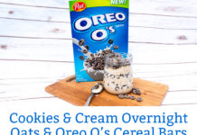 Cookies and Cream Overnight Oats recipe from Mom Envy. A simple and easy breakfast recipe. These are amazing overnight oats that are like dessert for breakfast. Oreo O's cereal make a great addition to an otherwise boring breakfast. Easy breakfast in a jar, or brunch in a jar.