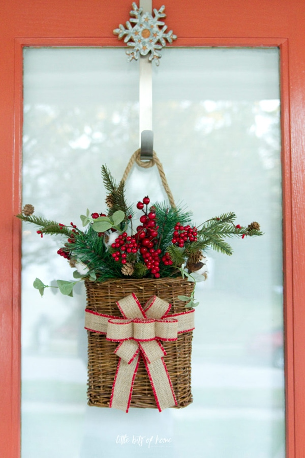 Front Door Christmas Decorations Ideas 005