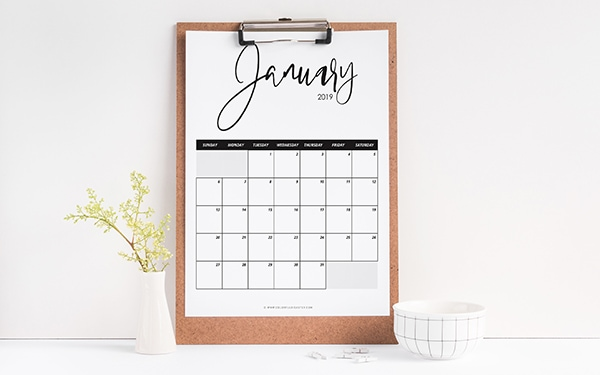 Free 2019 Calendars. Get yourself organized this year with a free 2019 calendar and 2019 planner accessories and stickers. #calendar #planner